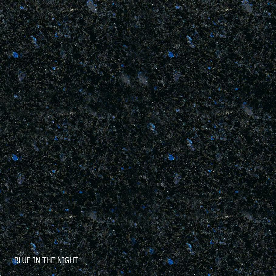 Masse-Blau-in-der-Nacht
